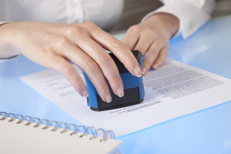 Notary Public Services (c) Can Stock Photo / kartinkin